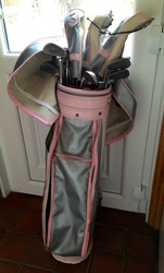 Ladies Mizuno golf set and bag
